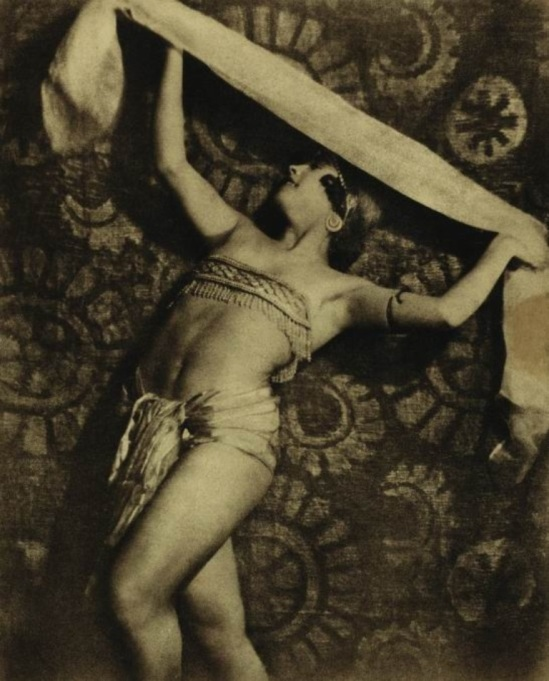 Alexander Grinberg. Mariya Peschanaya 1926. Via randomindex