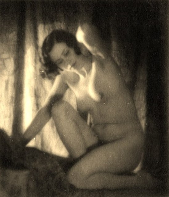 Alexander Grinberg. Nu 1915-1930 Via russianphotographs.jpg2