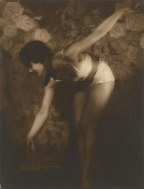 Alexander Grinberg. The dancer  Sylvia Chen. Via mutualart