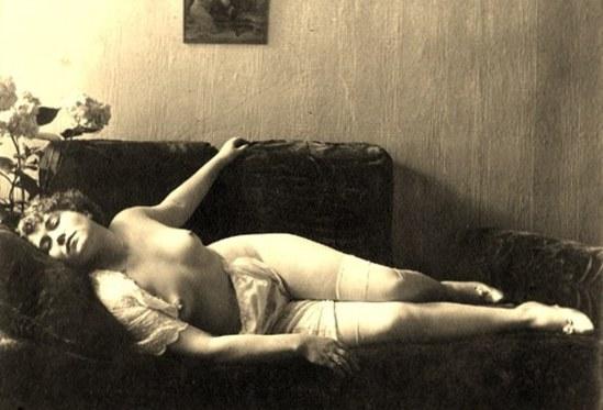 Alexander Grinberg1. Nu 1915-1920 Via russianphotographs.jpg2