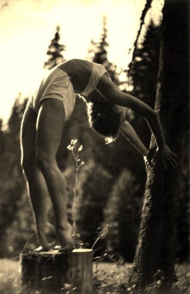 Alexander Grinberg. The Art of Movement 1920Via russianphotographs