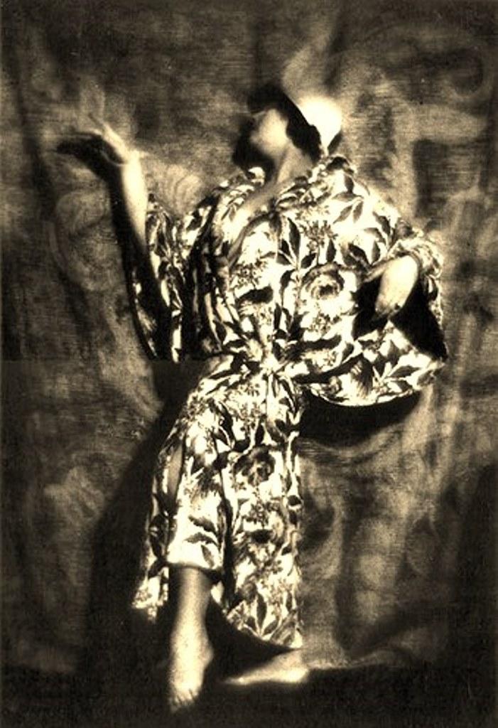 Alexander Grinberg13. The art of symbolism 1920. Via russianphotographs.jpg2
