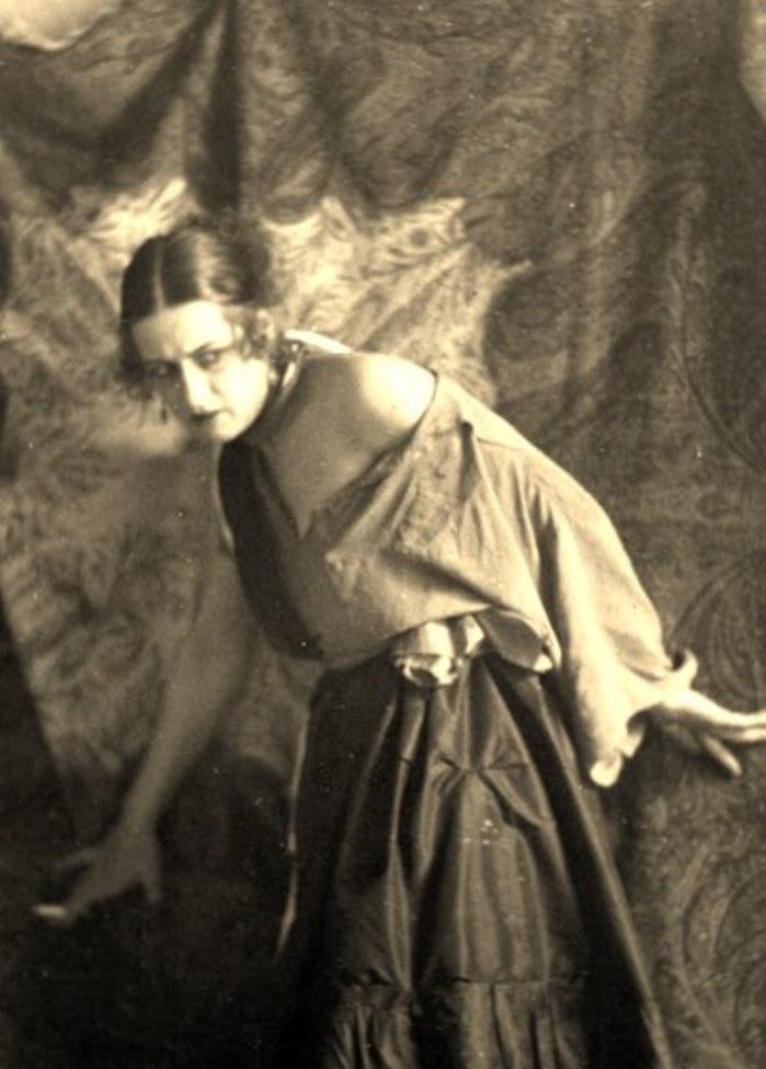 Alexander Grinberg14. The art of symbolism 1920. Via russianphotographs