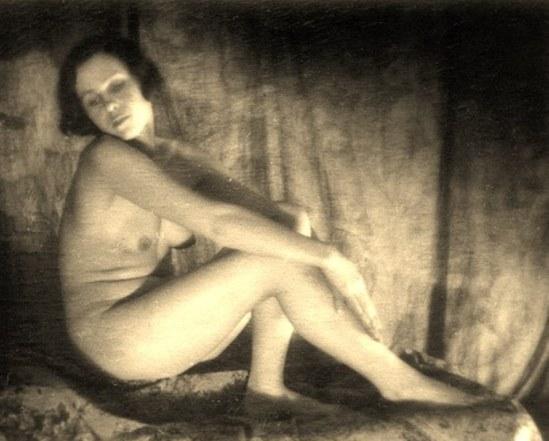 Alexander Grinberg15. Nu 1915-1920 Via russianphotographs.jpg2