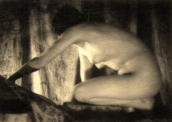 Alexander Grinberg17. Nu 1915-1920 Via russianphotographs.jpg2