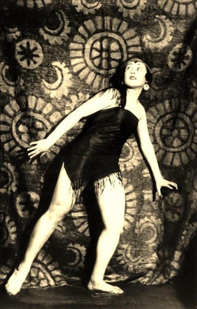 Alexander Grinberg21. The art of symbolism 1920. Via russianphotographs