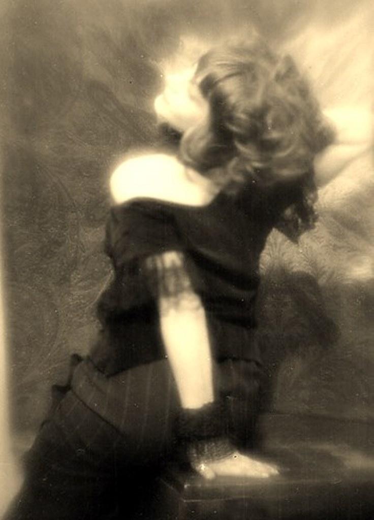 Alexander Grinberg28. The art of symbolism 1920. Via russianphotographs.jpg2