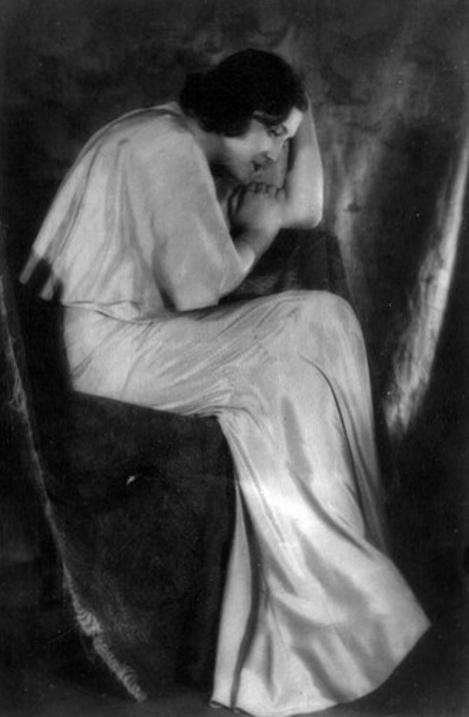 Alexander Grinberg3. The art of symbolism 1920. Via russianphotographs