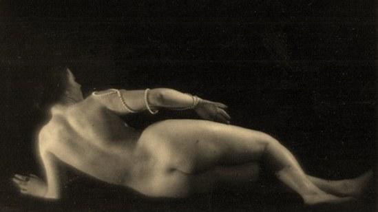 Alexander Grinberg35. Nu 1915-1920 Via russianphotographs.jpg2
