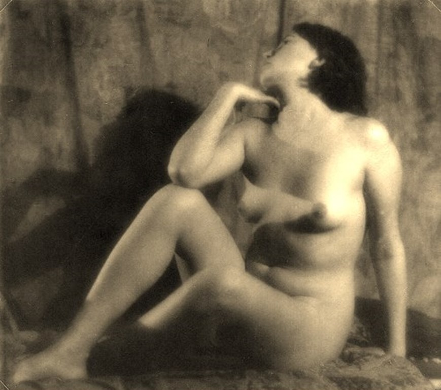 Alexander Grinberg45. Nu 1915-1930 Via russianphotographs.jpg2