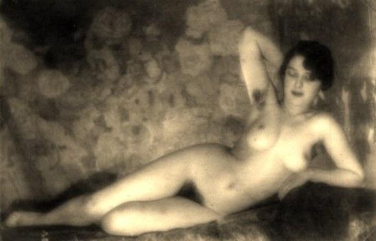 Alexander Grinberg6. Nu 1915-1930. Via russianphotographs.net