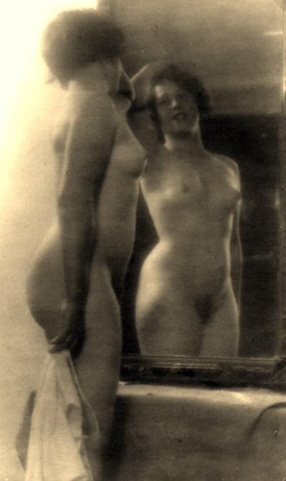 Alexander Grinberg7. Nu 1915-1930. Via russianphotographs.net