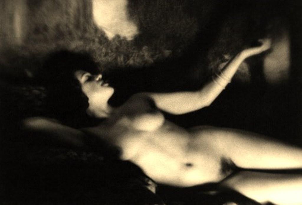 Alexander Grinberg8. Nu 1915-1930. Via russianphotographs.net