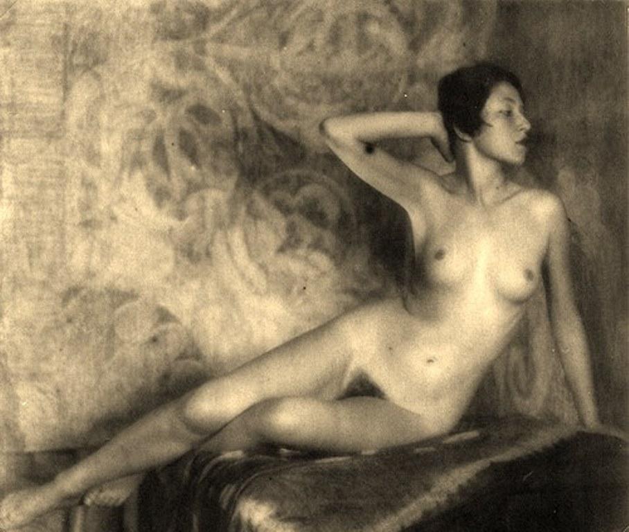 Alexander Grinberg9. Nu 1915-1930. Via russianphotographs.net