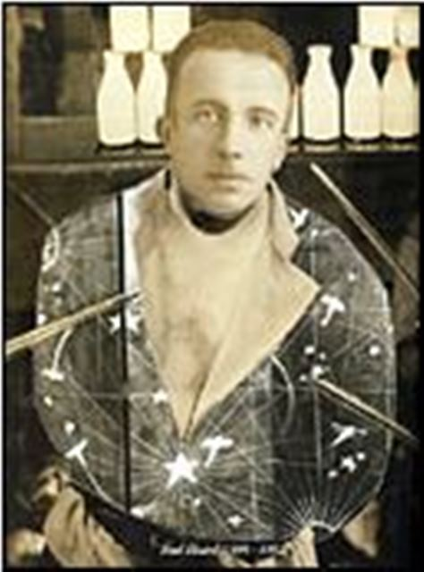 André Breton. Autoportrait. Collage photographique dans L'immaculée conception 1930 Via sotheby's