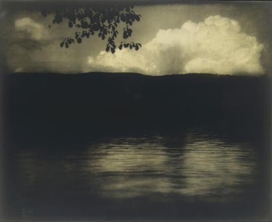 Edward Steichen. Le grand nuage blanc, Lake George  1903. Rmn