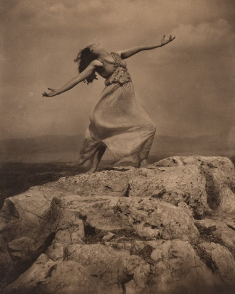 Edward Steichen. Therese Duncan on the Acropolis 1921. Via allartnews