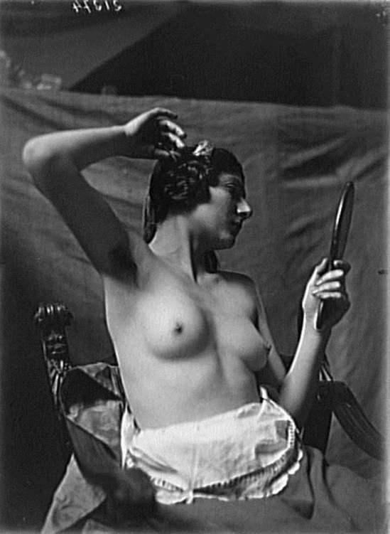 François Antoine Vizzavona. Portrait d'un modèle de Marthe Jouanne-Hugonnet 1922. Via RMN
