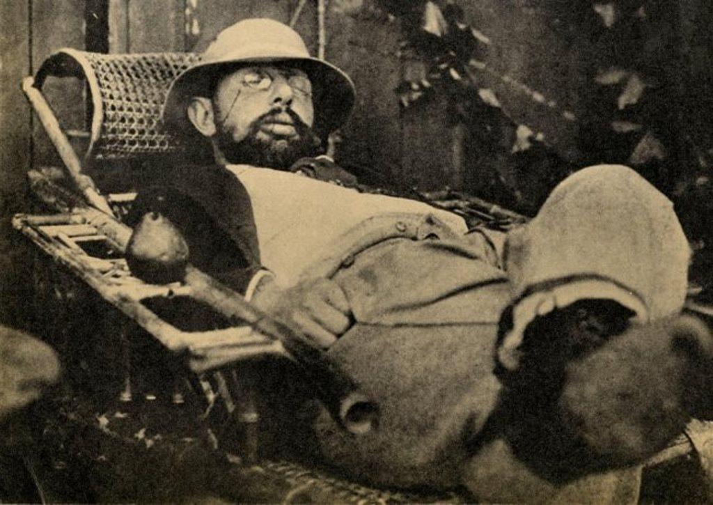 Henri de Toulouse-Lautrec endormi dans une chaise de jardin 1890 Via liveauctioneers