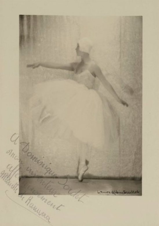 Laure Albin Guillot. Danseuse 1935. Via drouot