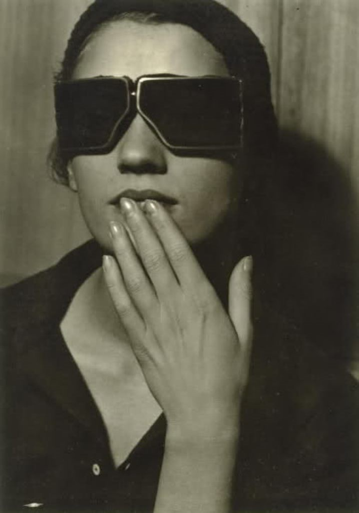 Man Ray Lee Miller, 1929 Via RMN