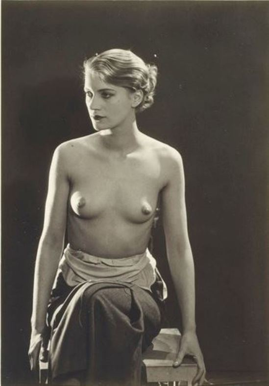 Man Ray. Lee Miller vers 1929-1932 Via RMN