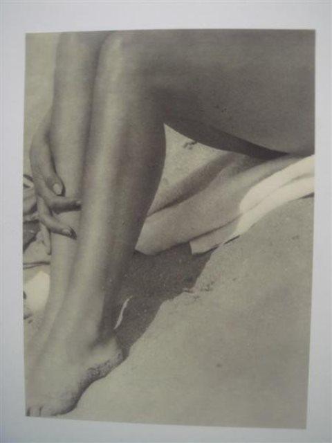 Maurice Tabard. Jambes 1930. Via liveauctionneers