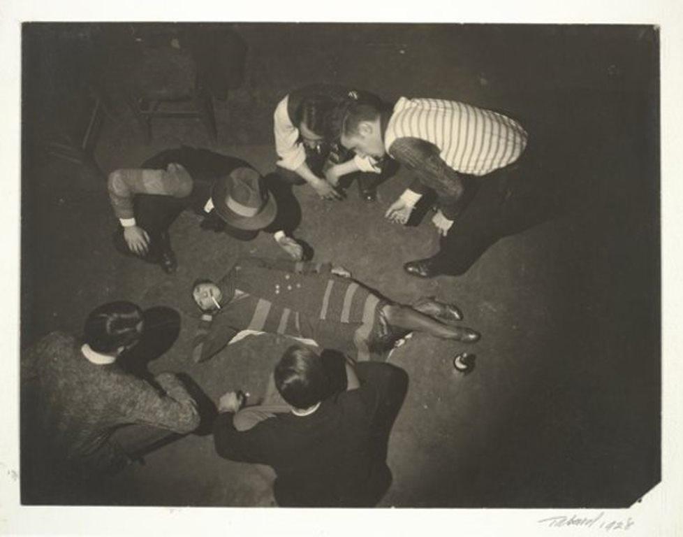 Maurice Tabard Jeu (Game) 1928gelatin silver print Via SFMOMA