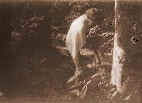 Pierre Bonnard10. Marthe Bonnard vers 1900-1901. RMN