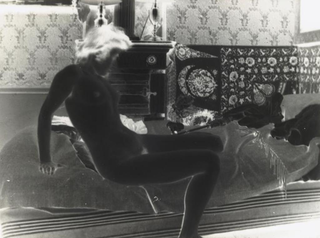 Pierre Bonnard13. Marthe Bonnard vers 1900-1901. RMN