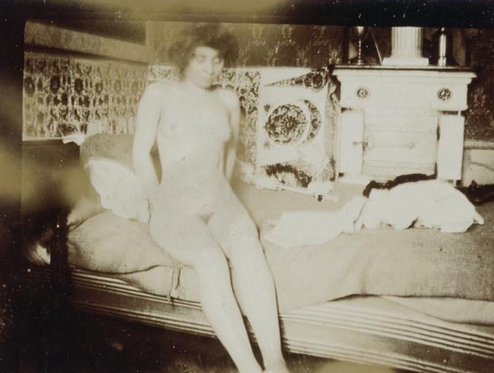 Pierre Bonnard4. Marthe Bonnard vers 1900-1901. RMN