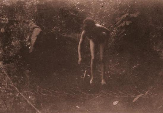 Pierre Bonnard8. Marthe Bonnard vers 1900-1901. RMN