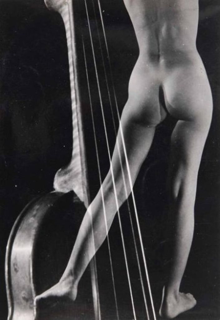 Pierre Boucher. Nu au violon, photomontage. 1938 Via drouot