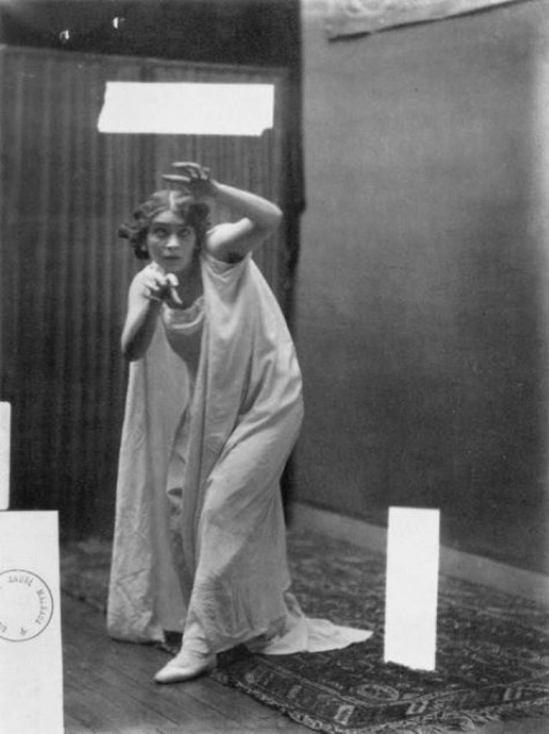 Robert Demachy. Modèle hypnotisé. Via historicalzg.piwigo