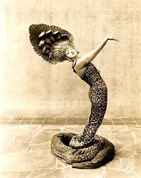 Ruth St Denis as snake dancer. Via hastacosoknakgallery