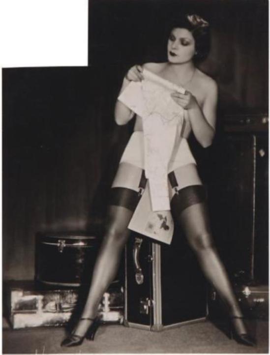Studio Manassé. Le voyage, la porte illuminée, le miroir, ca. 1930 Via drouot