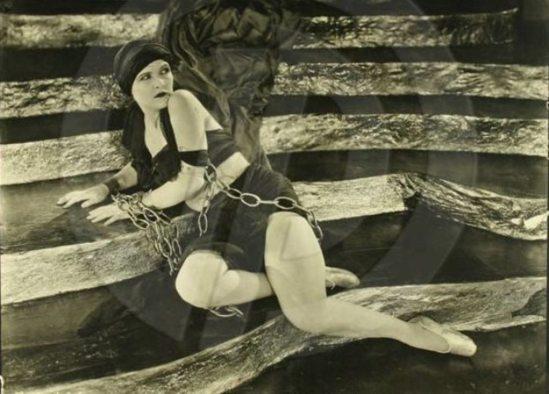 Alexander J. Stark. Laura la plante 1910-1920. Via historicalzg