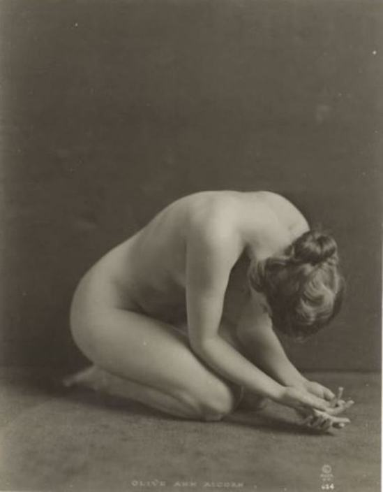 Alexander J. Stark. Olive Ann Alcorn 1910-1920. Via historicalzg