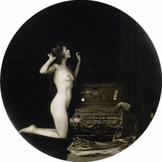 Alfred Cheney Johnston. Barbara Deane 1920 Via historicalzg