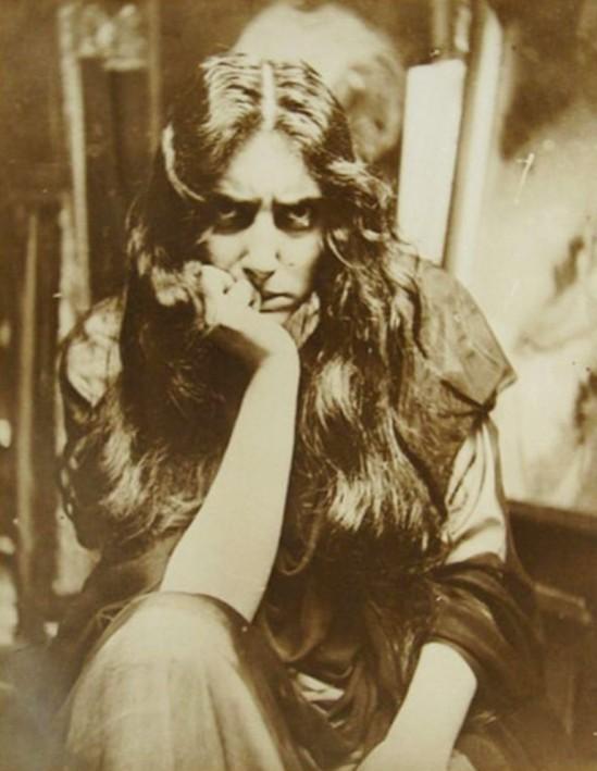 Alphonse Marie Mucha. Model 1908 Via yarportal.ru