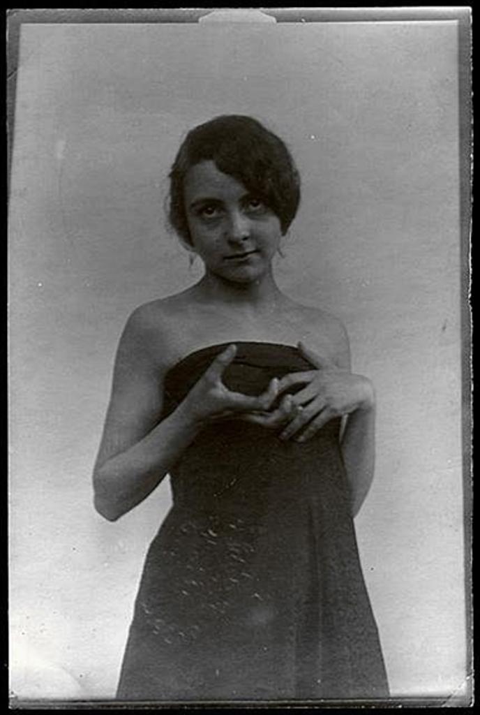 Alphonse Marie Mucha. Model with hand pose 1908 Via mutualart