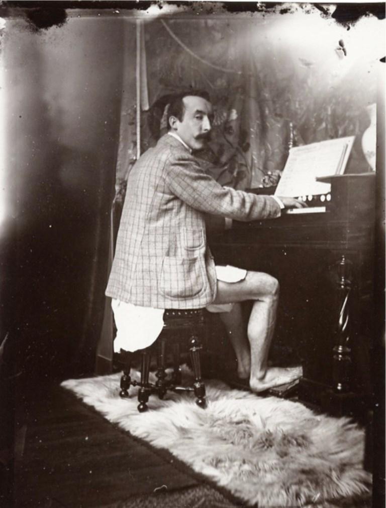 Le peintre alphonse marie mucha 1860 1939 et son for La photographie