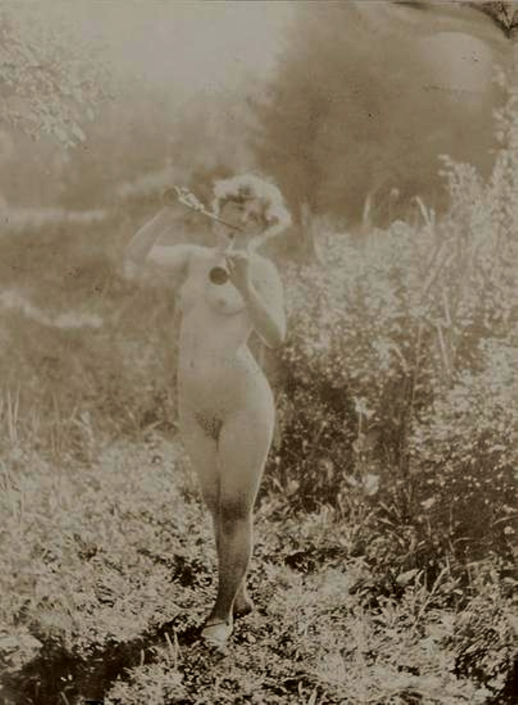 Alphonse Marie Mucha. Untitled (Study of nude) 1910 Via mutualart