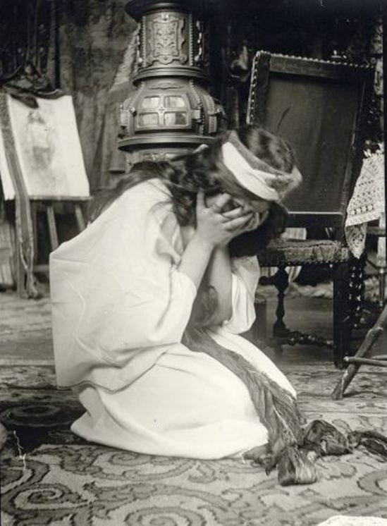 Alphonse Marie Mucha1. Model posing in Mucha's studio rue du Val de Grâce 1900 Via muchafoundation