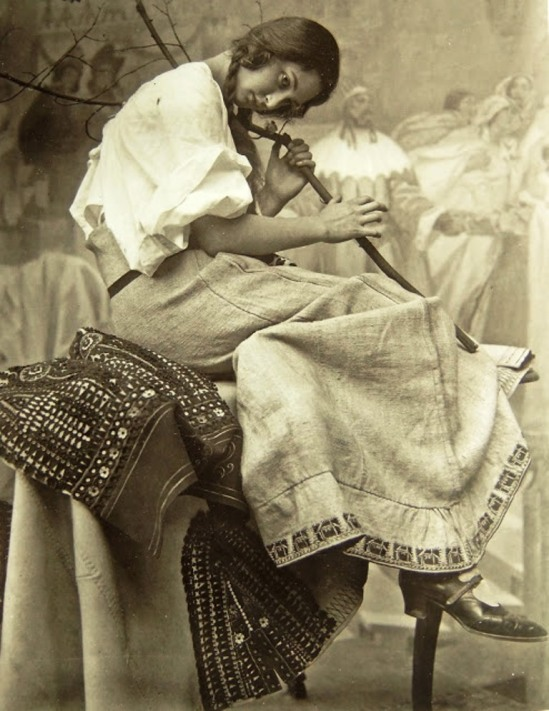 Alphonse Marie Mucha12. Model posing in Mucha's studio rue du Val de Grâce  Via muchafoundation