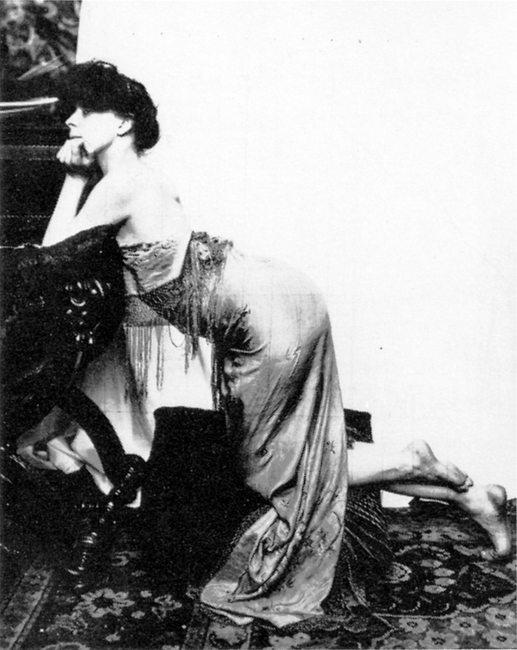 Alphonse Marie Mucha3. Model posing in Mucha's studio rue du Val de Grâce  Via muchafoundation