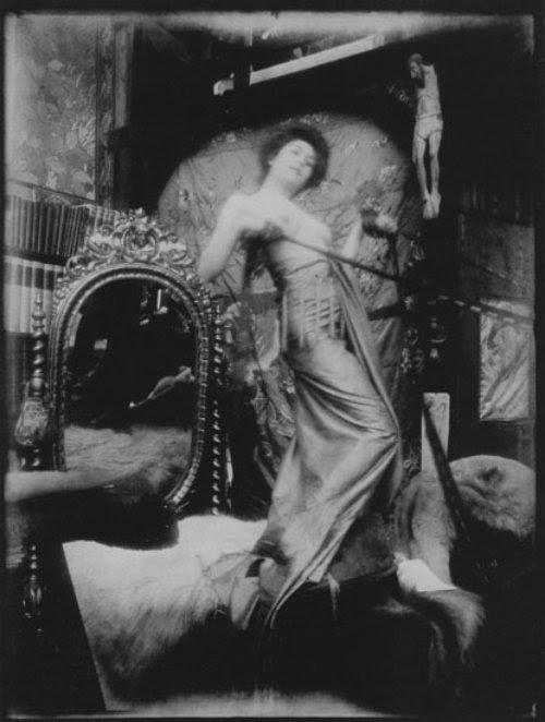 Alphonse Marie Mucha6. Model posing in Mucha's studio rue du Val de Grâce 1900 Via muchafoundation