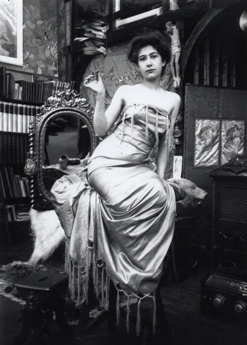 Alphonse Marie Mucha7. Model posing in Mucha's studio rue du Val de Grâce 1900 Via muchafoundation