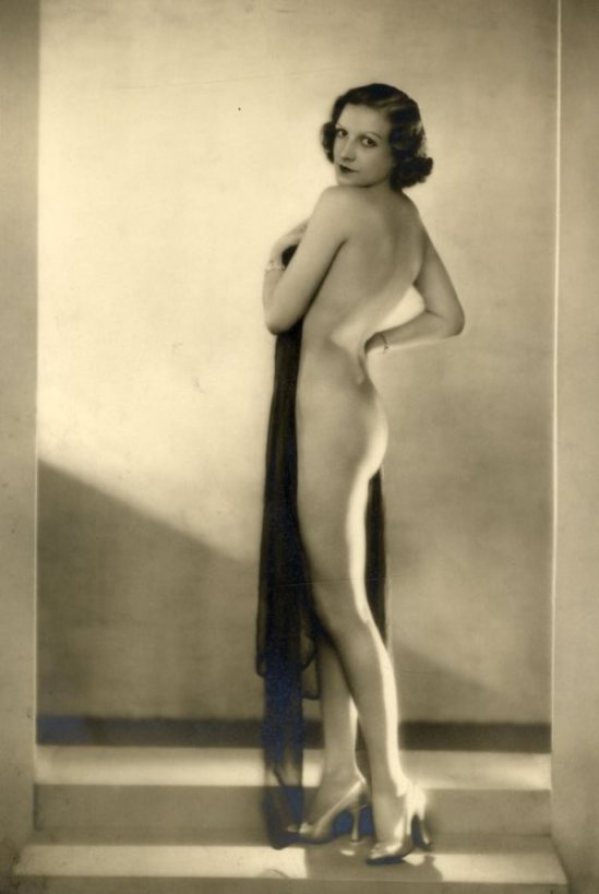 Dorothy Wilding. Etude de nu 1930 Via liveauctioneers