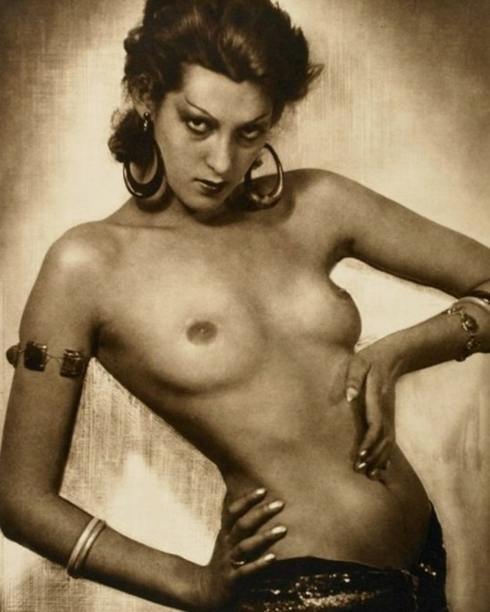 Dr Max Thorek.  Odalisque 1937 Via studioplus